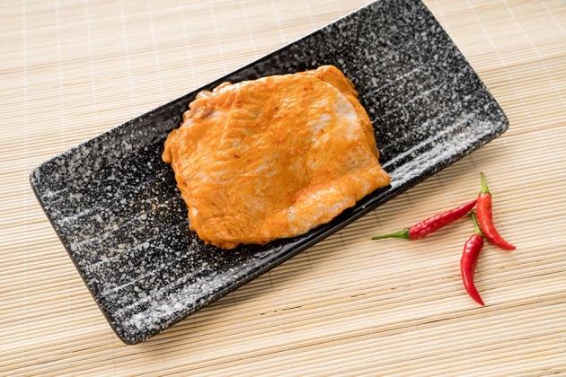 超好吃韓式勁辣雞腿排(1公斤/盒) 2
